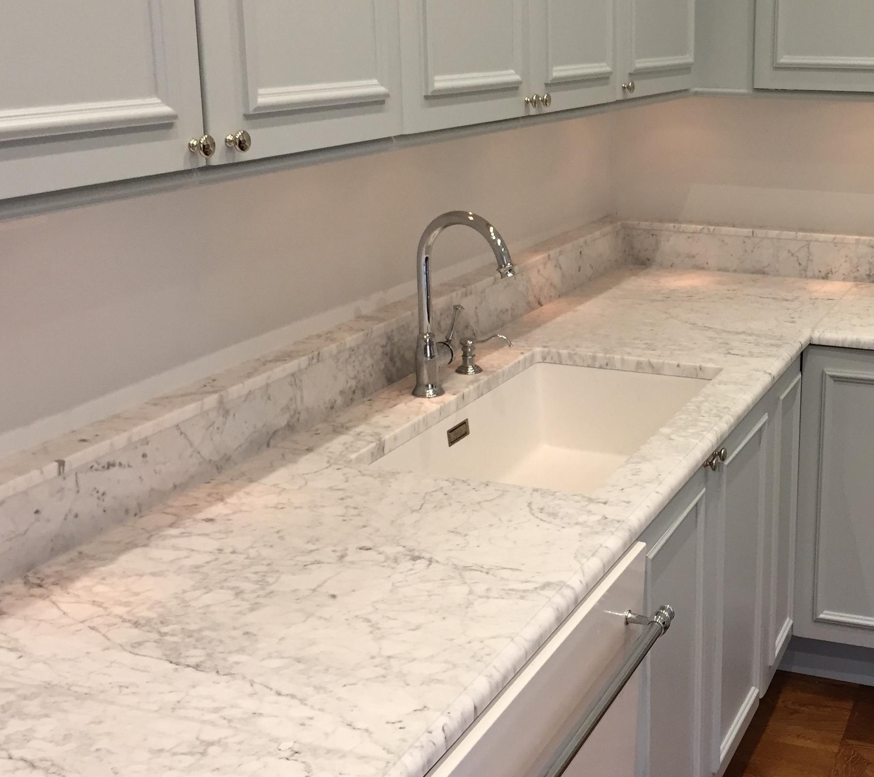 köögi töötasapinnad Carrara marmorist