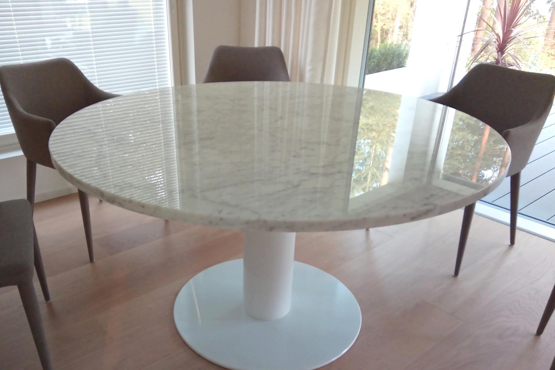 Bianco Carrara söögilaud